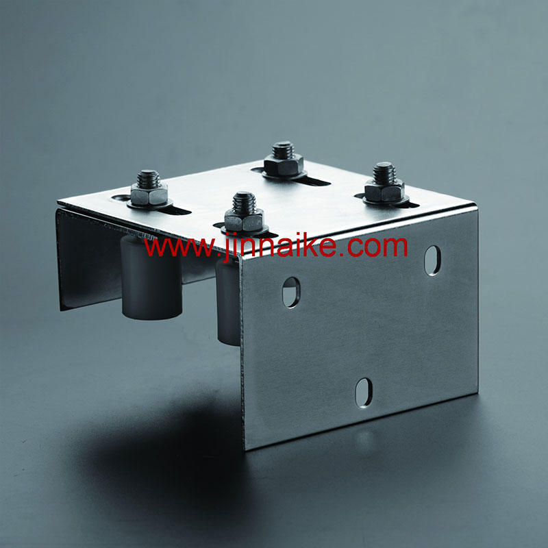 Guide Bracket With Nylon Pulley