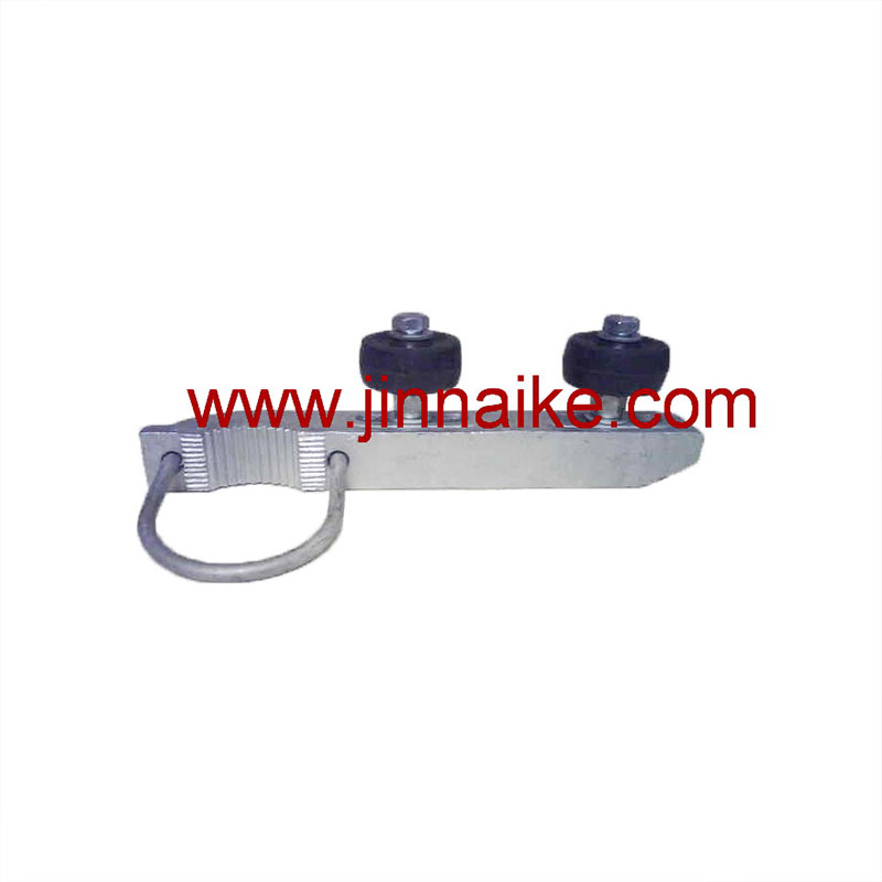 guide-roller-bracket-for-solid-fence-gate-1